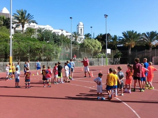 Princesa Yaiza Suite Hotel Resort: Soccer school