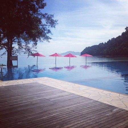 Bunga Raya Island Resort & Spa: Pool paradise