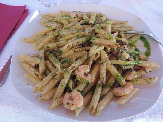 Ca' Leon: Penne au pesto/crevettes