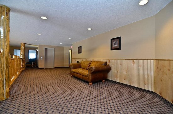 The Lodge at Mount Rushmore : Upstairs Sitting Area