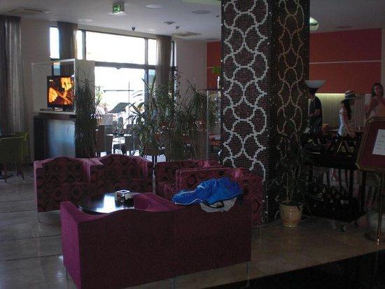 Hotel HEC Residence: HALL