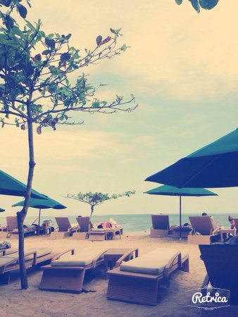Prama Sanur Beach Bali : La plage