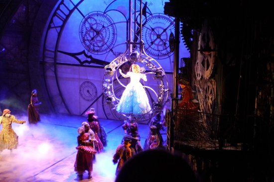 Wicked the Musical : Glinda