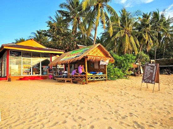 Lanta Pavilion Resort : Beachfront massage