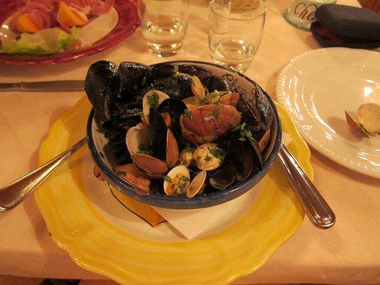 CHEZ BLACK: Seafood starter