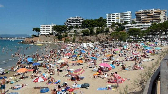 Capellans Beach: View Looking Back to Salou