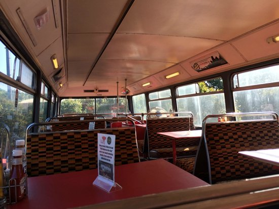 Double Decker Cafe: Upper deck seating area