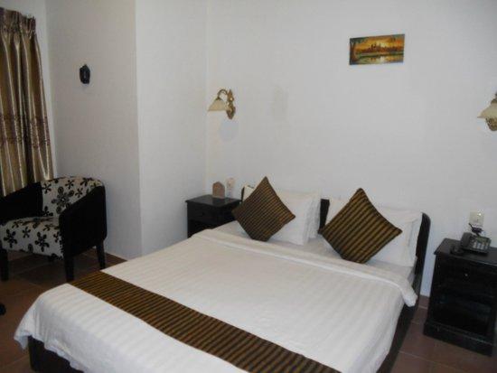Eureka Villas Phnom Penh: Triple room 3rd bed