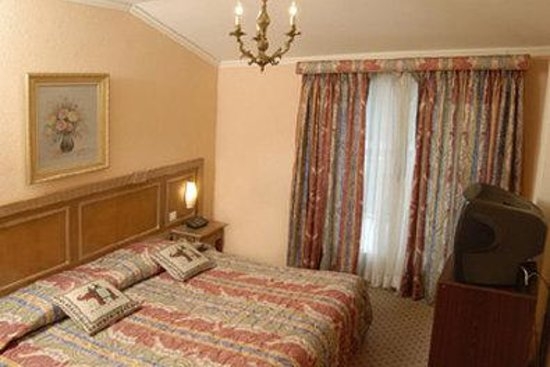 Hotel Diplomate: Guest Room