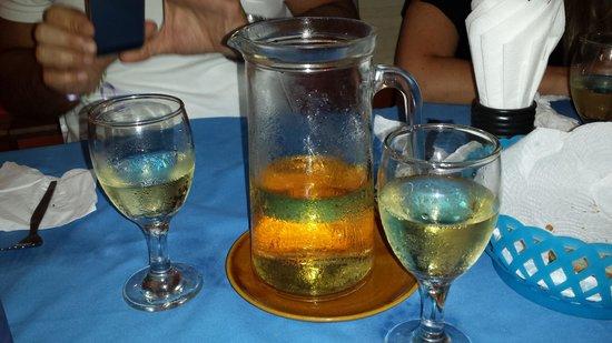 Da Gio' Lamai Beach Restaurant : Vino della casa