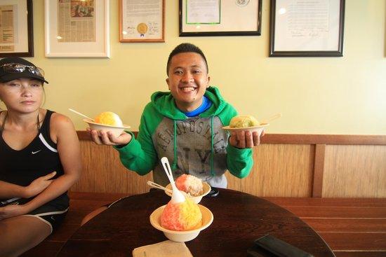 Uncle Clay's House of Pure Aloha: shaved ice cream