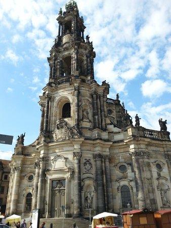 DresdenWalks: la cattedrale