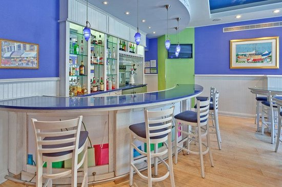 Hotel Indigo Chicago Downtown Gold Coast: Lobby Bar