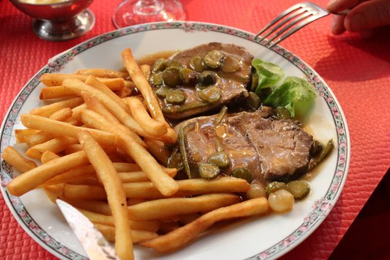 Le Corsaire : Ox tongue with guerkins in spicy sauce