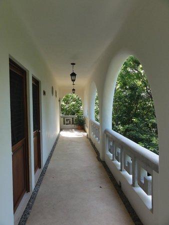 Hotel Oka'an: Le couloir des chambres