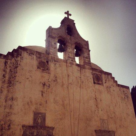 Moni Preveli Monastery: Храм