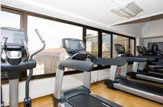 Hotel BLOOM!: Gym