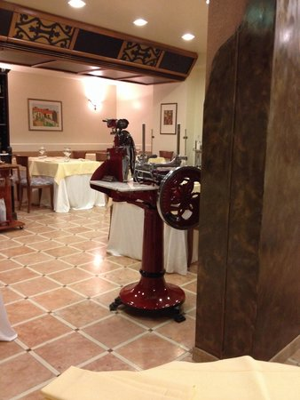 Albergo La Primula : Lovely cosy restaurant