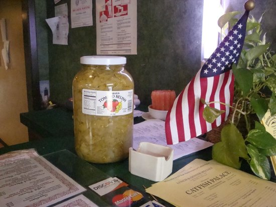 Catfish Palace: Check In & Check Out Area