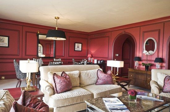 Old Course Hotel, Golf Resort & Spa: Deluxe Suite Lounge