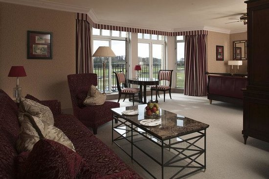 Old Course Hotel, Golf Resort & Spa: Old Course Suite Lounge
