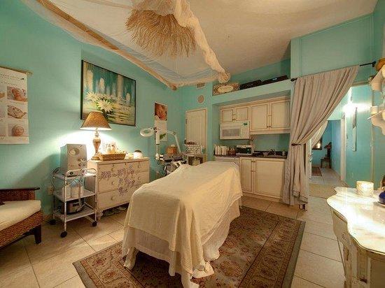 Tahitian Inn Hotel Cafe & Spa: Serenity Spa