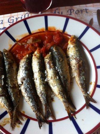 la grillerie de sardines : Sardines