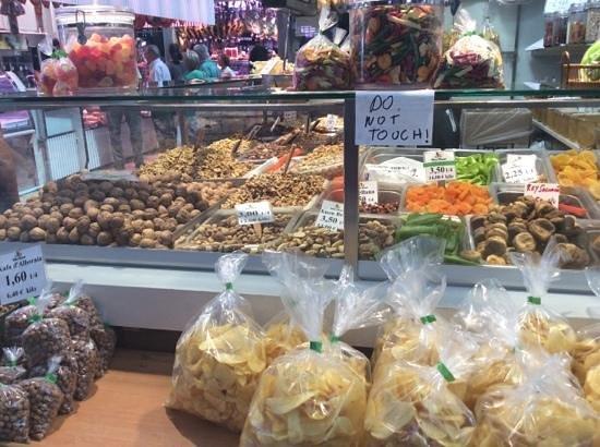 Central Market (Mercado Central) : la frutta secca del mercato