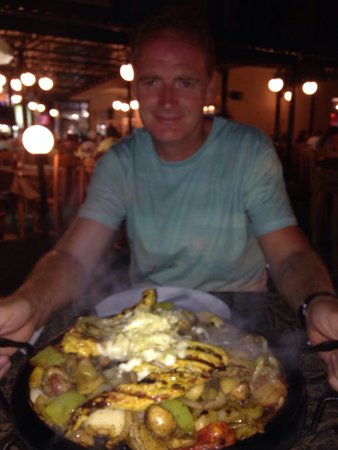 Star Inn : Mixed sizzler. Huge but absolutely delicious