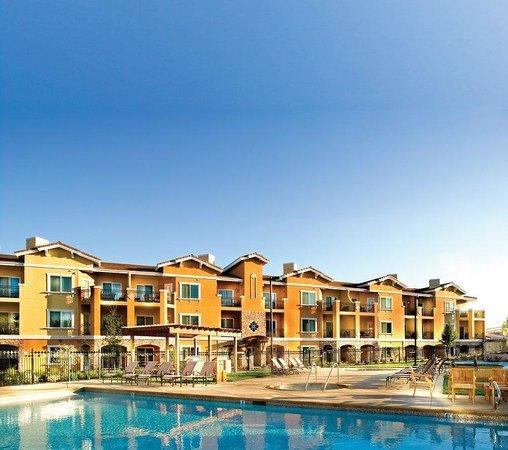 Vino Bello Resort: Exterior
