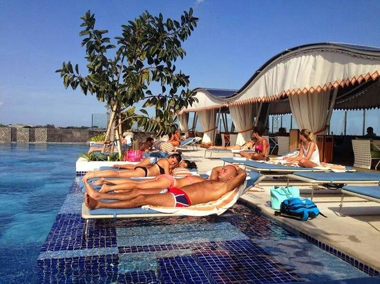 Roof top infinity pool and sunbeds