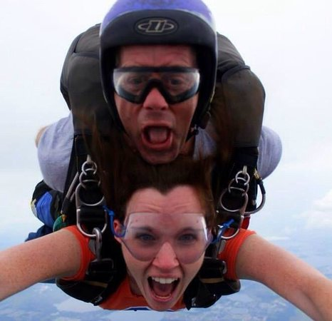 Florida Skydiving Center : Pip is a great tandem instructor! Lee was my videographer/photographer. Great experience would d