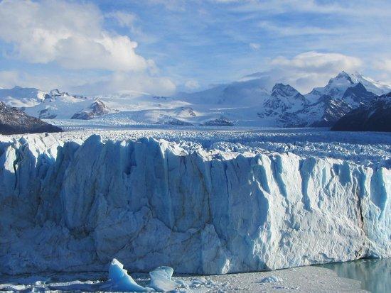 TodoCalafate: noi siamo delle formiche ,80 km di ghiaccio fino in cile