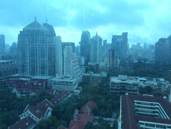 Renaissance Bangkok Ratchaprasong Hotel: View from my Room