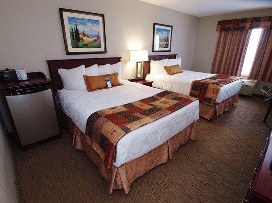 Best Western Plus Pembina Inn & Suites: Two Queen Guest Room