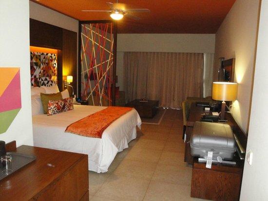 Breathless Punta Cana Resort & Spa : xhale swim up room