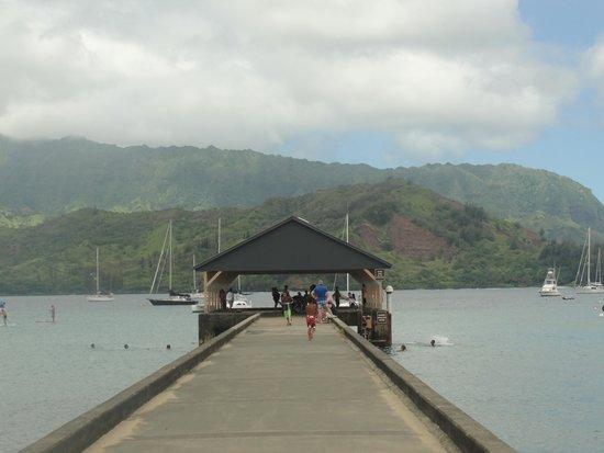 Hanalei Pier : Hanalei Bay