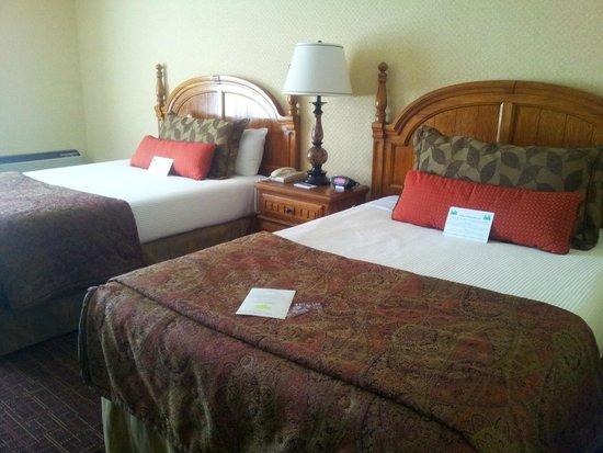 Lombard Motor Inn: Las camas, super cómodas