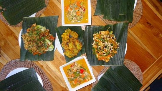 Capung Sakti Maison d'Hôtes : Nos plats...un super souvenir que ce cours de cuisine!
