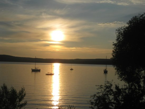 The Inn on Madeline Island: Sunset from the balcony of the room