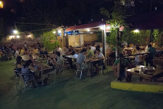 Interior restaurante picture of casa de la abuela cala for Casa jardin restaurante