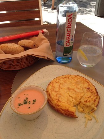Garbo Ristorante : Potato tortilla with salmorejo on the side (had to take a quick bite before the photo!)