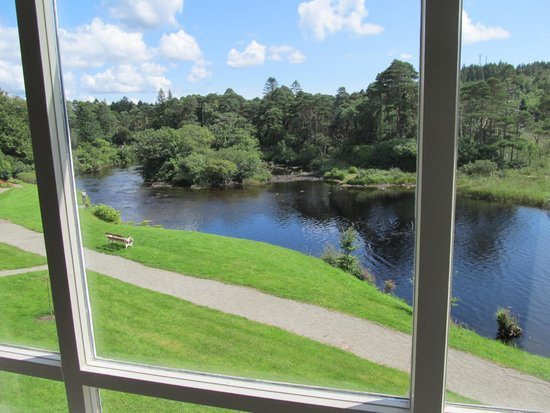 Ballynahinch Castle Hotel : View from our room