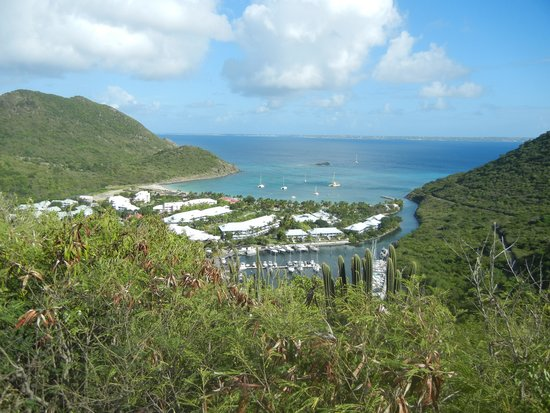 St Martin Catamarans Charters : View driving in for the cruise