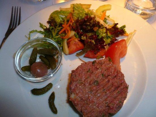 Les Petits Oignons : Steak Tartare
