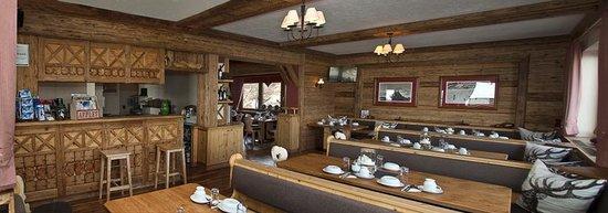 Pension Enzian: Dining at Enzian
