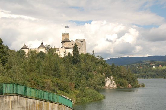 Cracow City Tours: Dunajec Castle