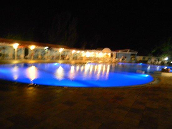Hotel Atlantis: PISCINA