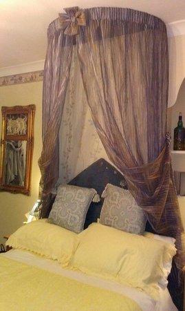 Park Hall: Friar's room - lovely
