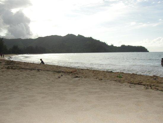 Hanalei Beach: Hanalei ... one late afternoon